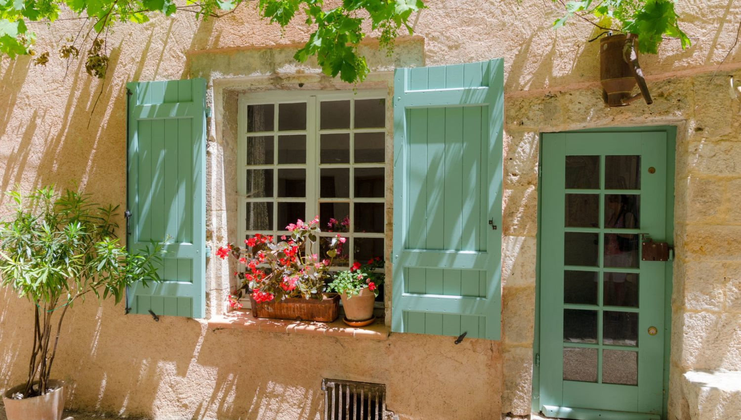 Live, buy or invest in SW France  Aquitaine Lifestyle Solutions